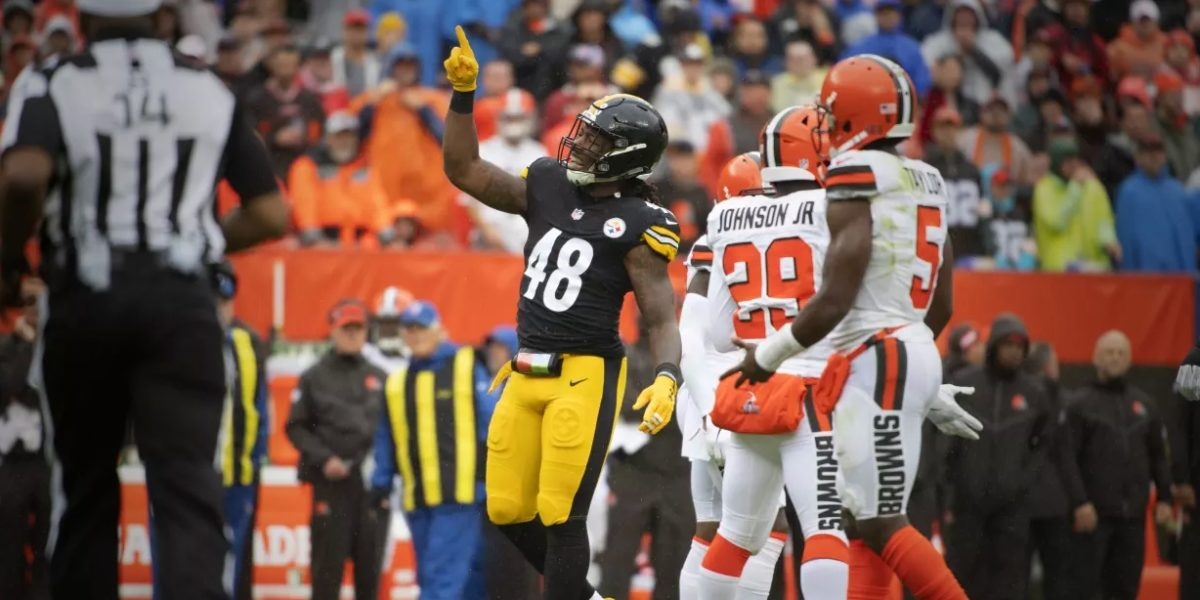 Steelers outside linebacker Bud Dupree celebrates a sack against the Cleveland Browns in Week 1 of the 2018 NFL regular season