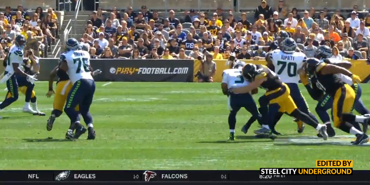 Steelers LB T.J. Watt sacks Russell Wilson