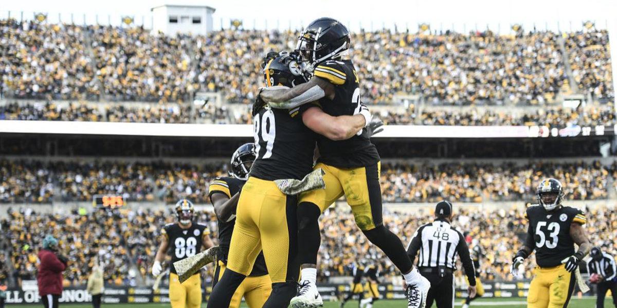 Pittsburgh Steelers TE Vance McDonald