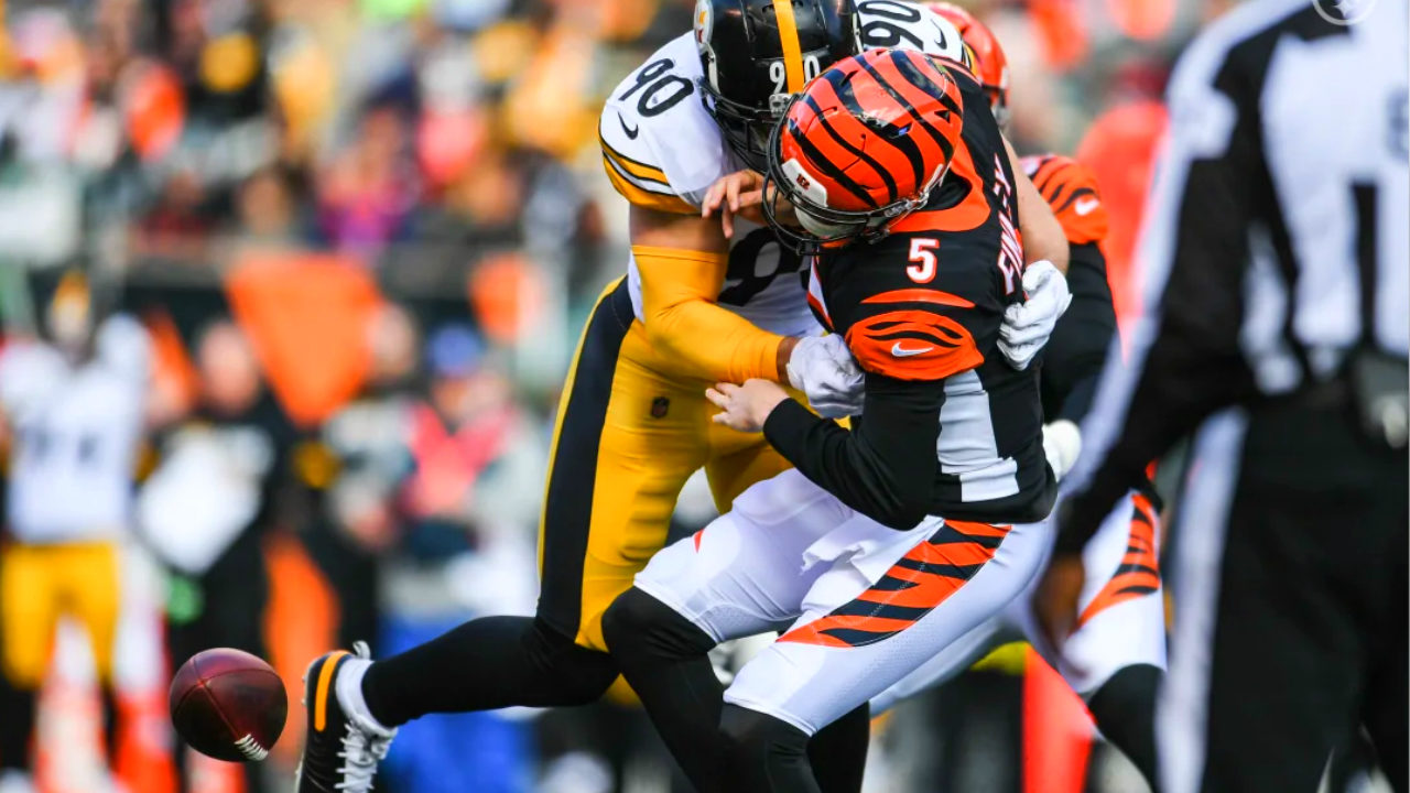 Pittsburgh Steelers linebacker T.J. Watt sacks Cincinnati Bengals quarterback Ryan Finley during Week 12 of the 2019 NFL regular season
