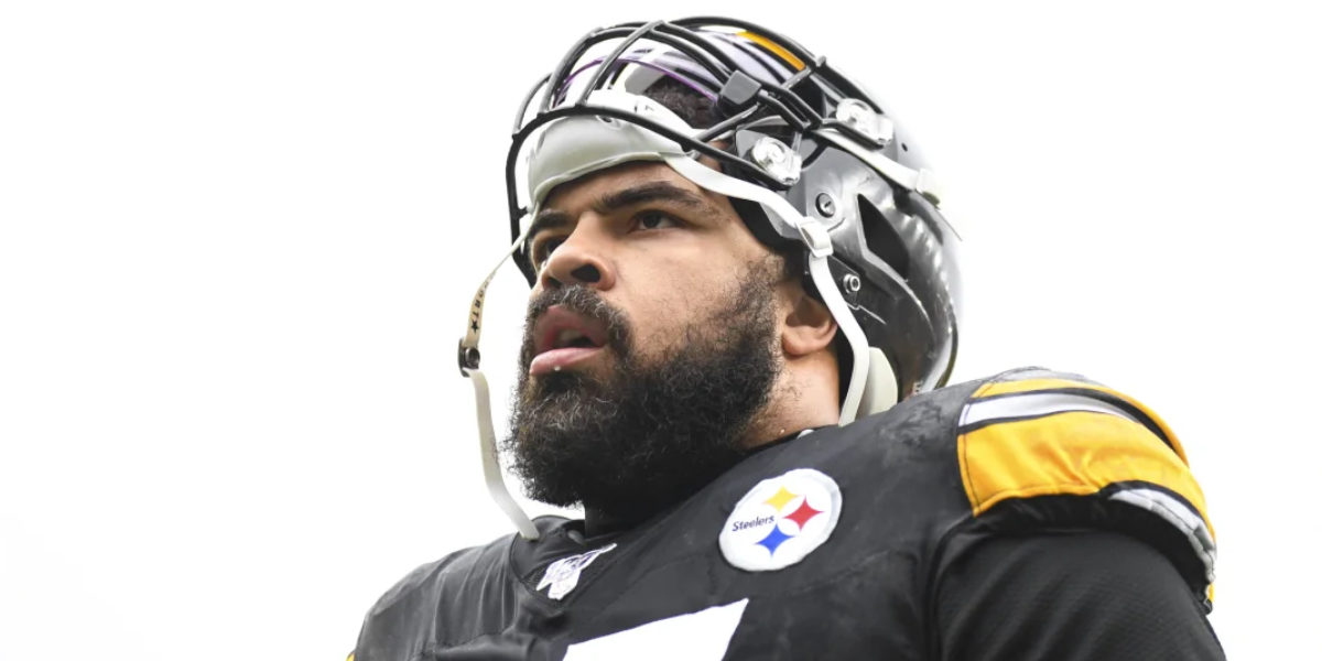 Cameron Heyward of the Pittsburgh Steelers before a 2019 NFL regular season game