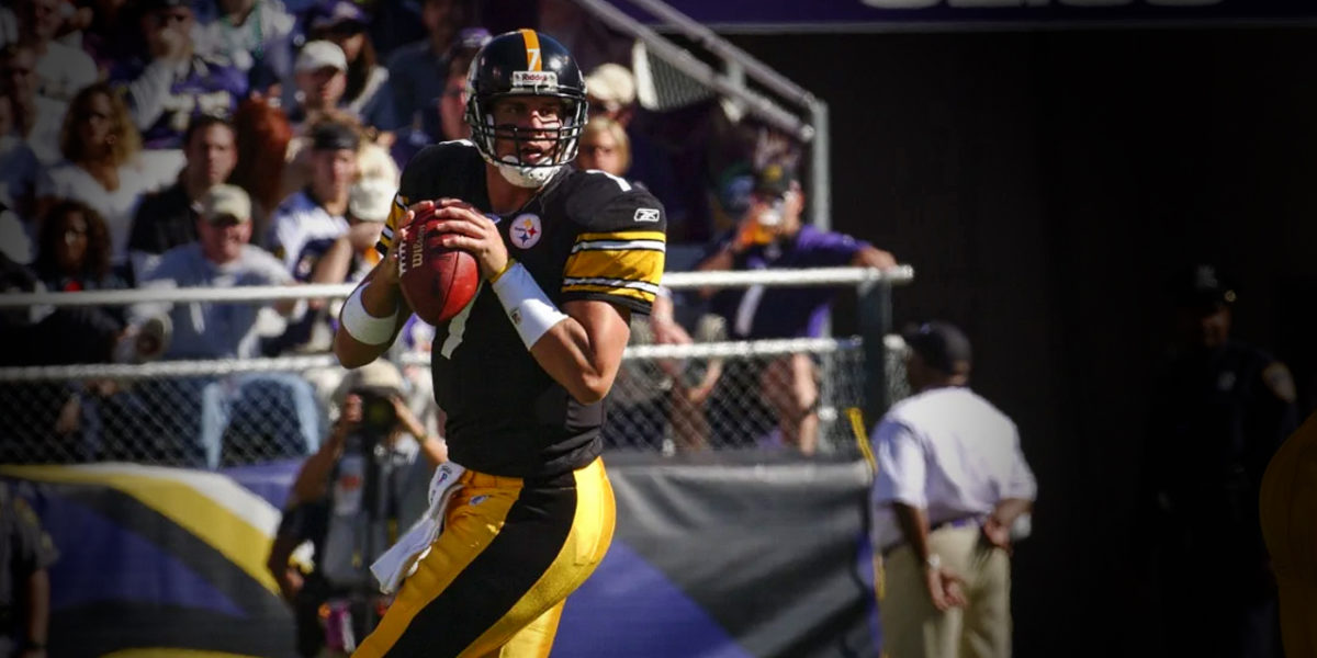 Pittsburgh Steelers quarterback Ben Roethlisberger enters his first NFL game in place of Tommy Maddox on September 19, 2004, versus the Baltimore Ravens