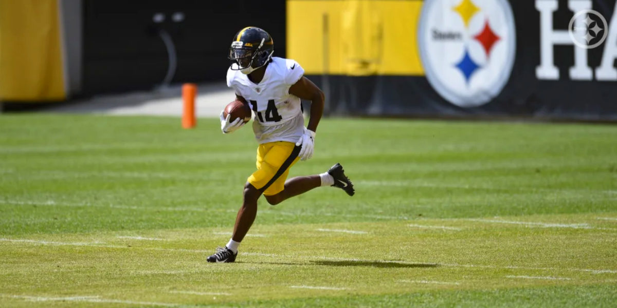 Pittsburgh Steelers wide receiver Ray Ray McCloud practices at 2020 training camp at Heinz Field