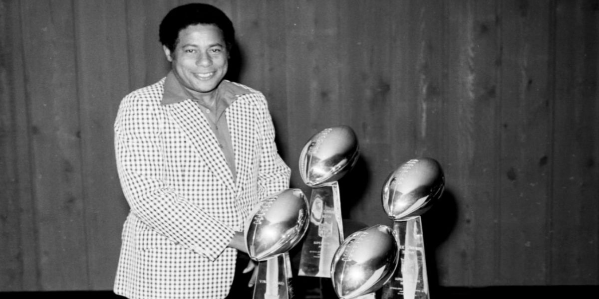 Longtime Pittsburgh Steelers scout and sports journalist Bill Nunn Jr. with the Lombardi Trophies won in the 1970s (AP Photos)