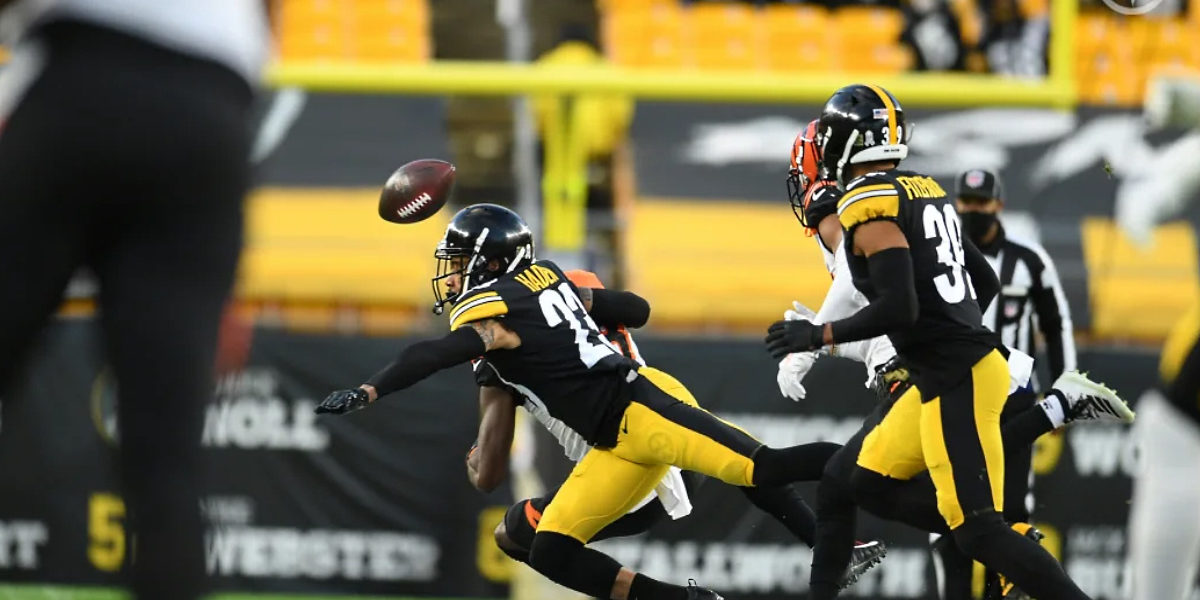 Joe Haden of the Pittsburgh Steelers makes a play against the Cincinnati Bengals