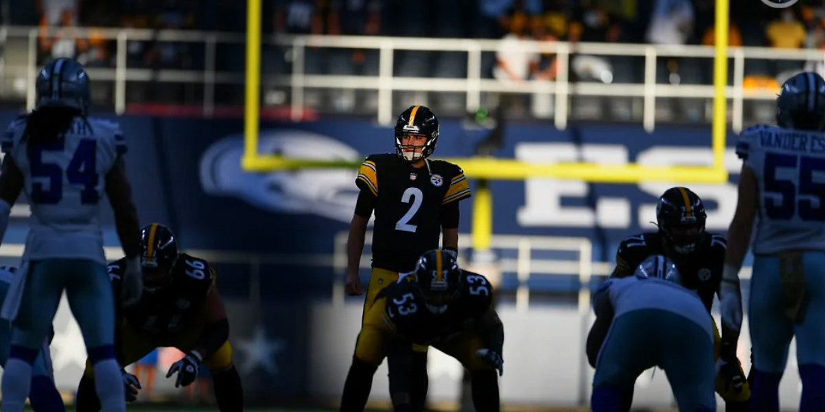 Pittsburgh Steelers quarterback Mason Rudolph, #2