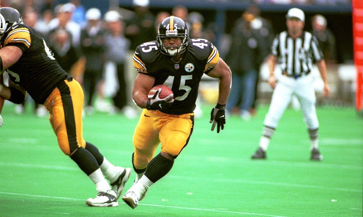 Chris Fuamatu-Ma'afala of the Pittsburgh Steelers