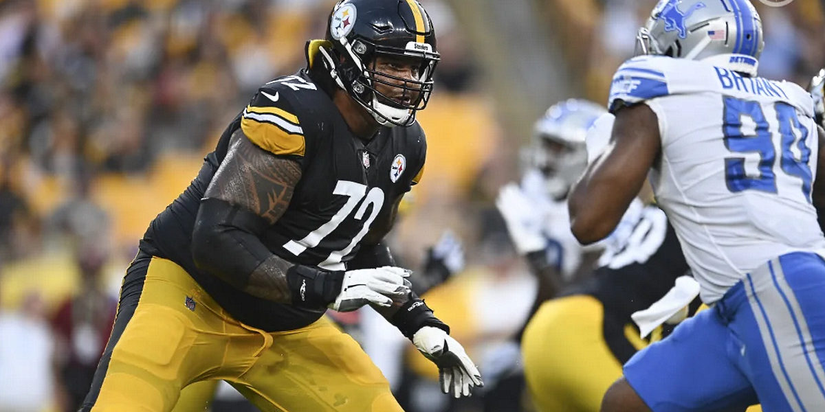 Zach Banner of the Pittsburgh Steelers