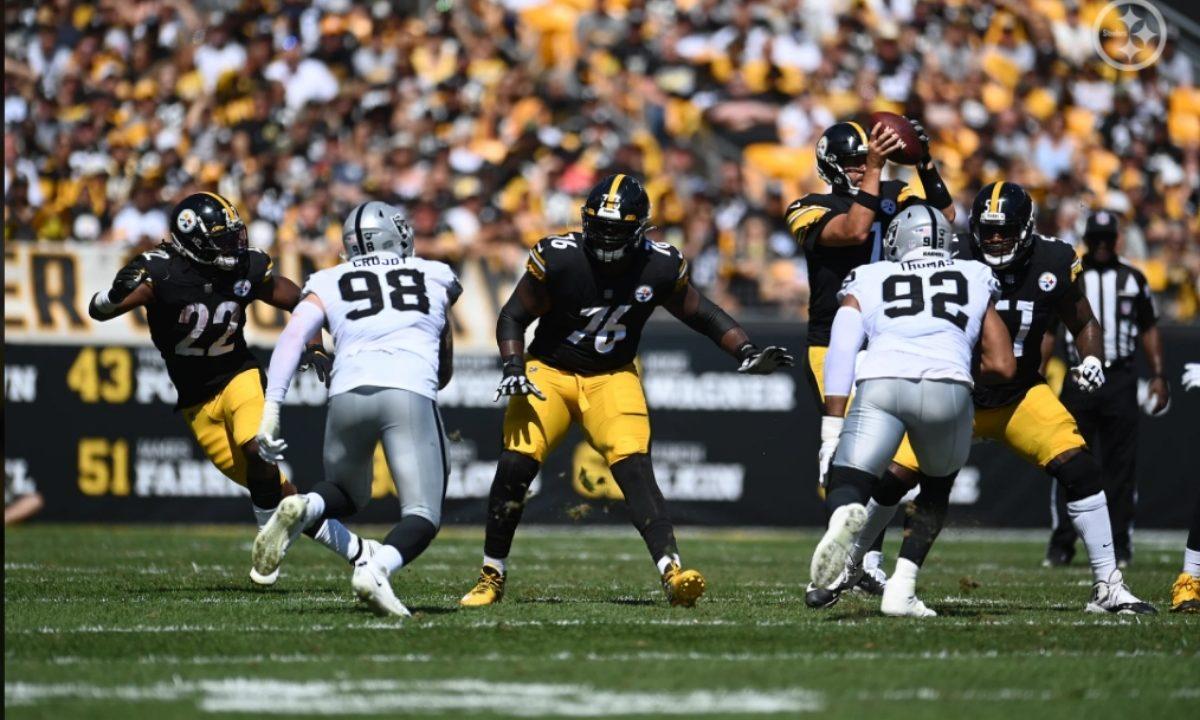 Chukwuma Okorafor of the Pittsburgh Steelers